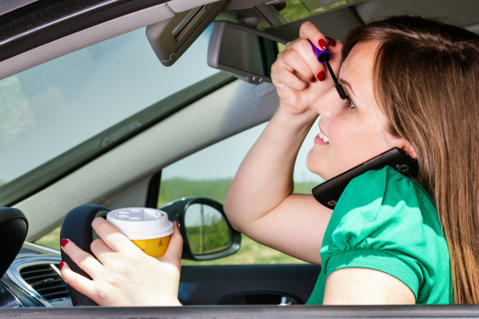 Driver Safety Infographic: Distracted Driving